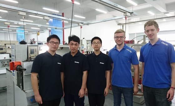 EBERLE apprentice with their colleagues from KERN-LIEBERS China