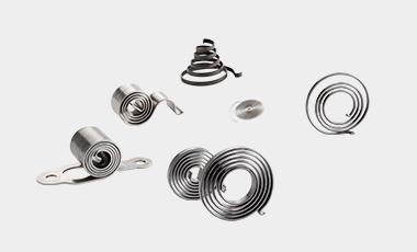 Spiralfedern werden als Ausgleichsfedern für kleinere Drehwinkel verwendet.