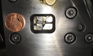 Radial Biegewerkzeug für kleinste Blattfedern