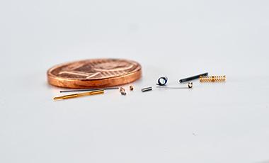 Mikrofedern