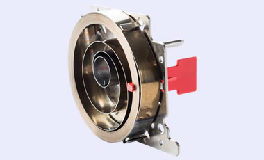 An assembly with an emergency control function, consisting of a stamped part and a Maximo power spring, as well as machined parts and a safety key. The module is delivered fully assembled by KERN-LIEBERS.